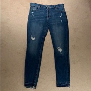 DL1961 distressed jeans